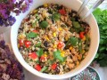 sałatka z ryżem przepis video, jak zrobić sałatkę z ryżem, sałatka z brązowym ryżem, przepis na sałatkęz brązowym ryżem